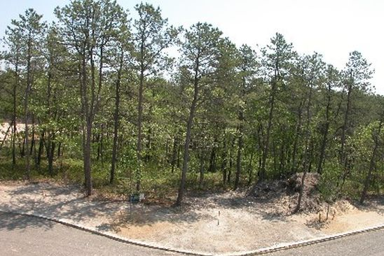 null bed null bath Vacant Land at 8 SOPHIA CT WESTHAMPTON, NY, 11977 is for sale at 599k - google static map