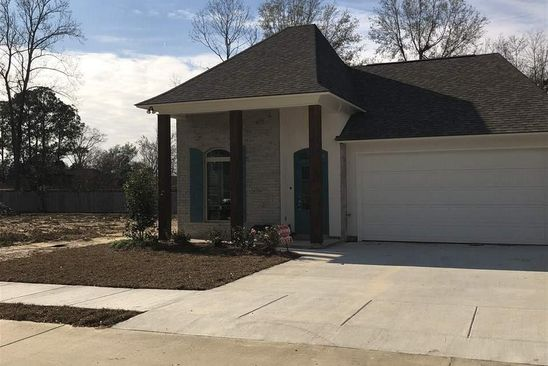 3 bed 2 bath Single Family at 6643 Silver Oak Dr Baton Rouge, LA, 70817 is for sale at 285k - google static map