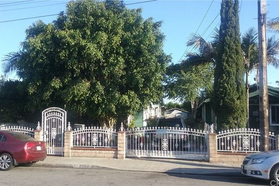 2 bed 1 bath Single Family at 1832 E 66th St Los Angeles, CA, 90001 is for sale at 305k - google static map
