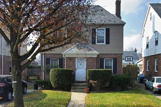 3 bed 1 bath Single Family at 4818 213th St Bayside Hills, NY, 11364 is for sale at 838k - google static map
