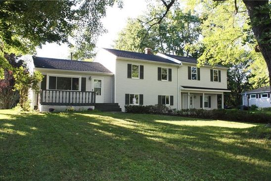 5 bed 5 bath Single Family at 104 McLain Dr Spencerport, NY, 14559 is for sale at 185k - google static map