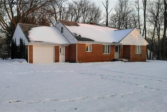 4 bed 2 bath Single Family at 10665 WALNUT ST NORTH COLLINS, NY, 14111 is for sale at 105k - google static map