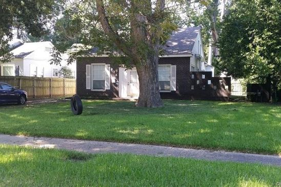 3 bed 2 bath Single Family at 274 CARROLLTON AVE SHREVEPORT, LA, 71105 is for sale at 200k - google static map