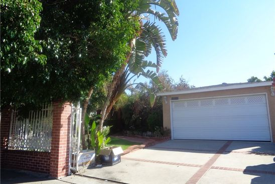 3 bed 1 bath Single Family at 8428 SYLMAR AVE PANORAMA CITY, CA, 91402 is for sale at 450k - google static map