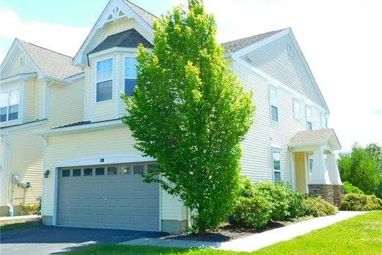 3 bed 2.5 bath Single Family at 8 Arden Ct Middletown, NY, 10940 is for sale at 275k - google static map