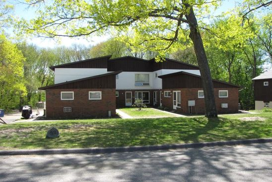 14 bed 12 bath Multi Family at 33 Homer Ave Chicopee, MA, 01020 is for sale at 839k - google static map