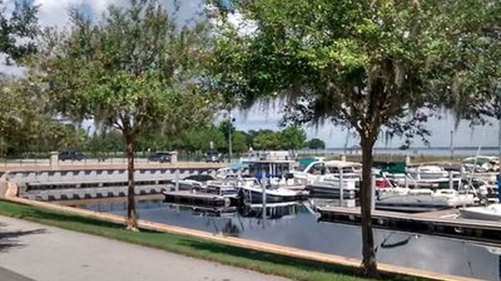 Waterfront - Kissimmee Real Estate - Kissimmee FL Homes For