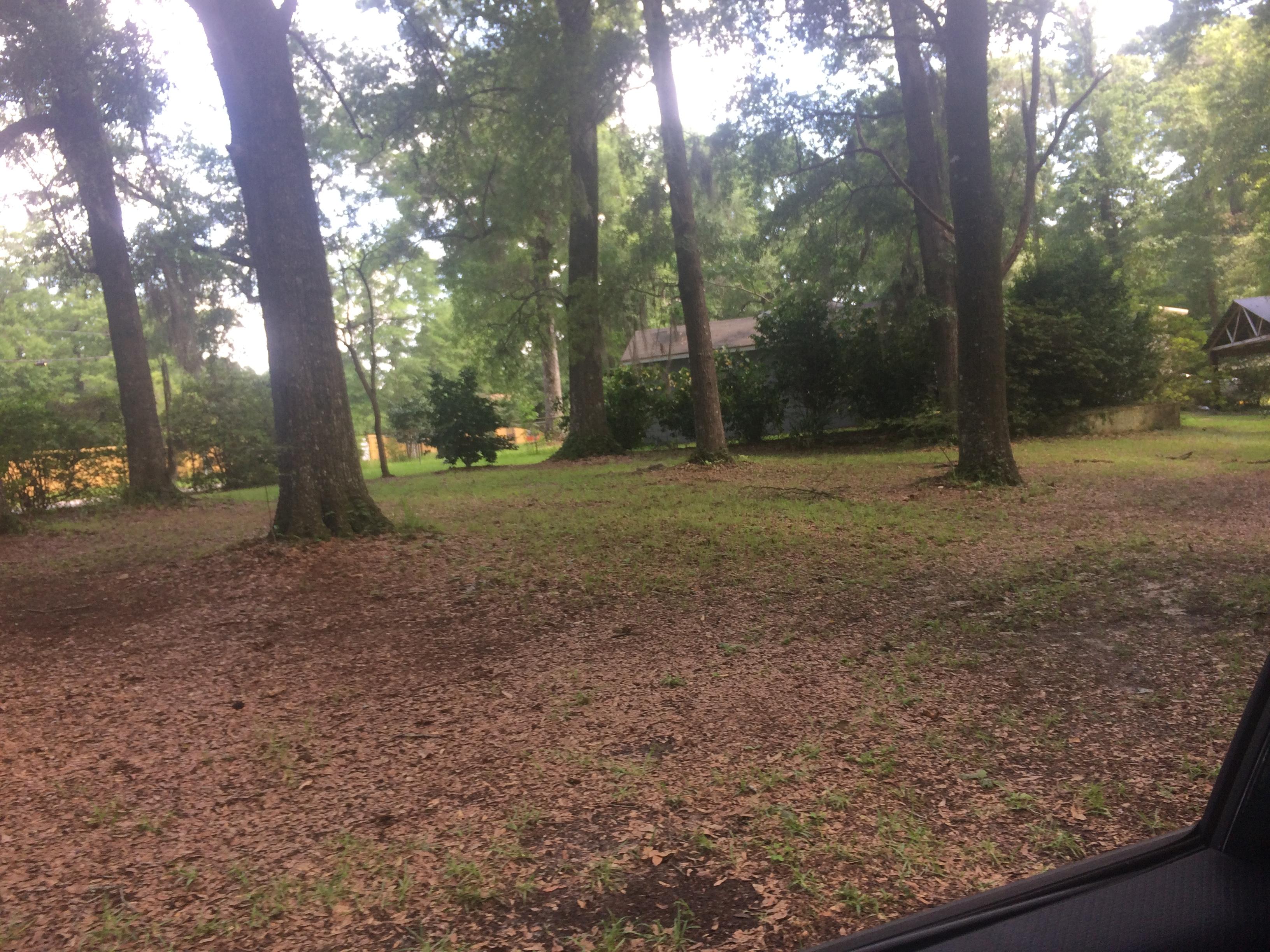 29 Oak Ave, Satsuma, AL 36572 | RealEstate.com