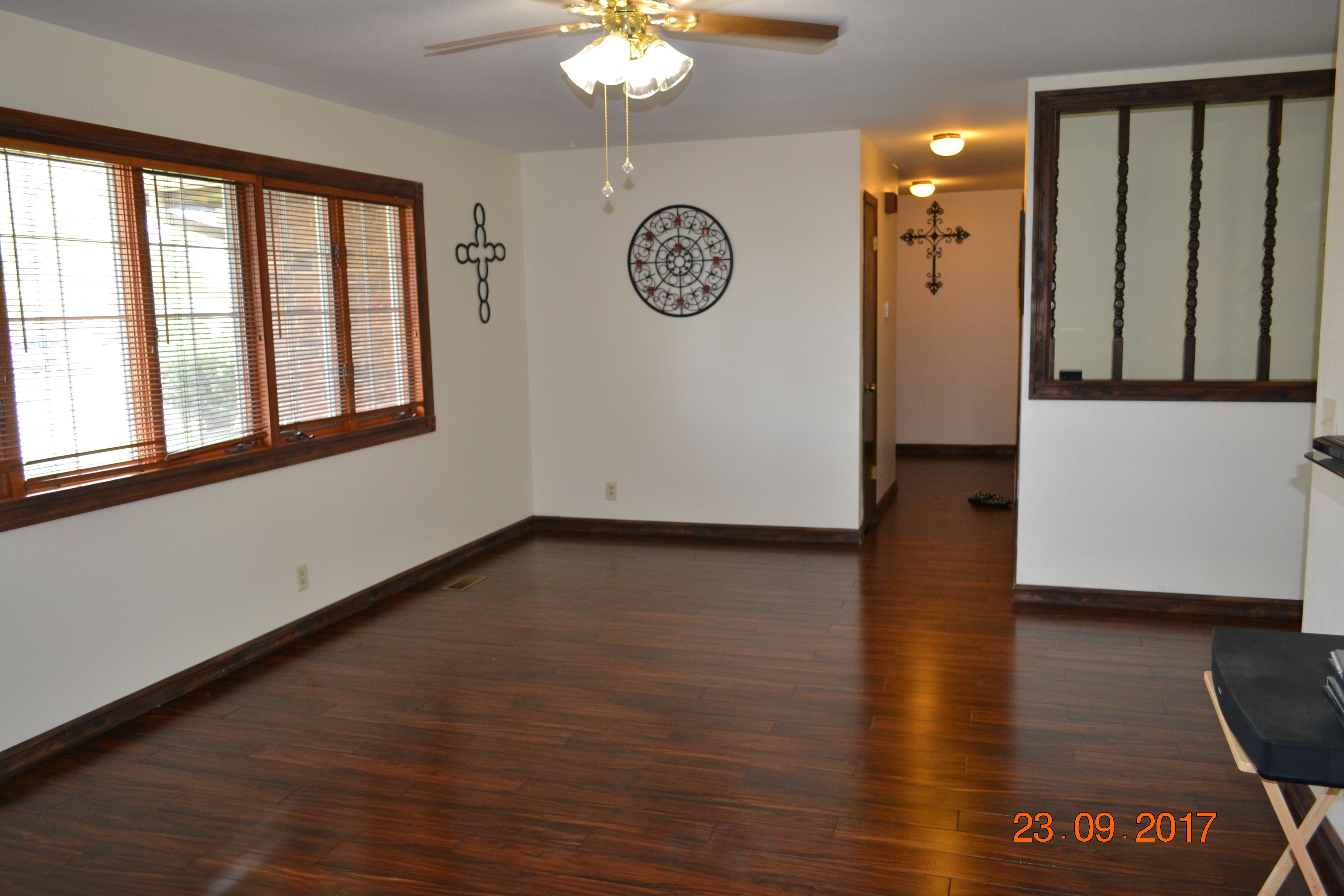 904 E Labrador Blvd, Garden City, KS 67846   RealEstate.com