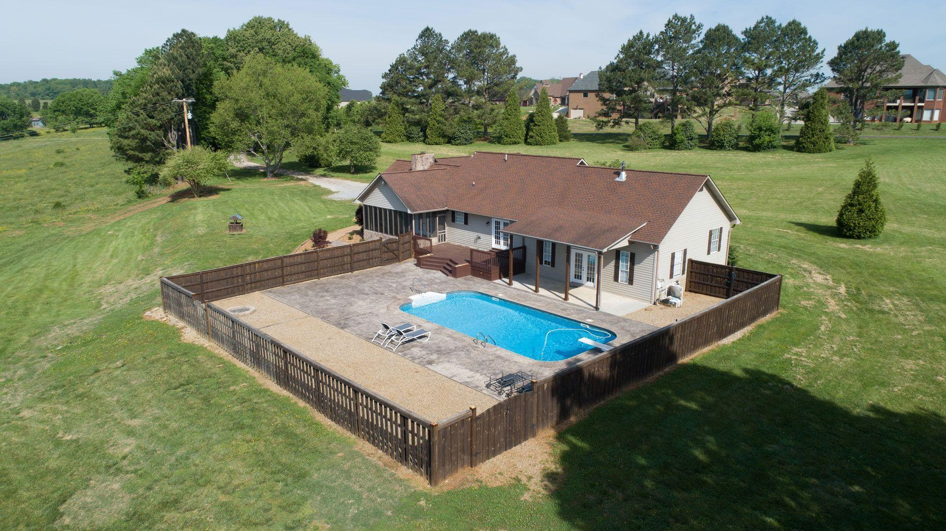 Maryville Tn Waterfront Homes For Sale Realestate Com
