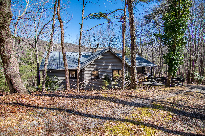 vacation in vacasa rental bd lodge unit cabins ellijay ga wilderness