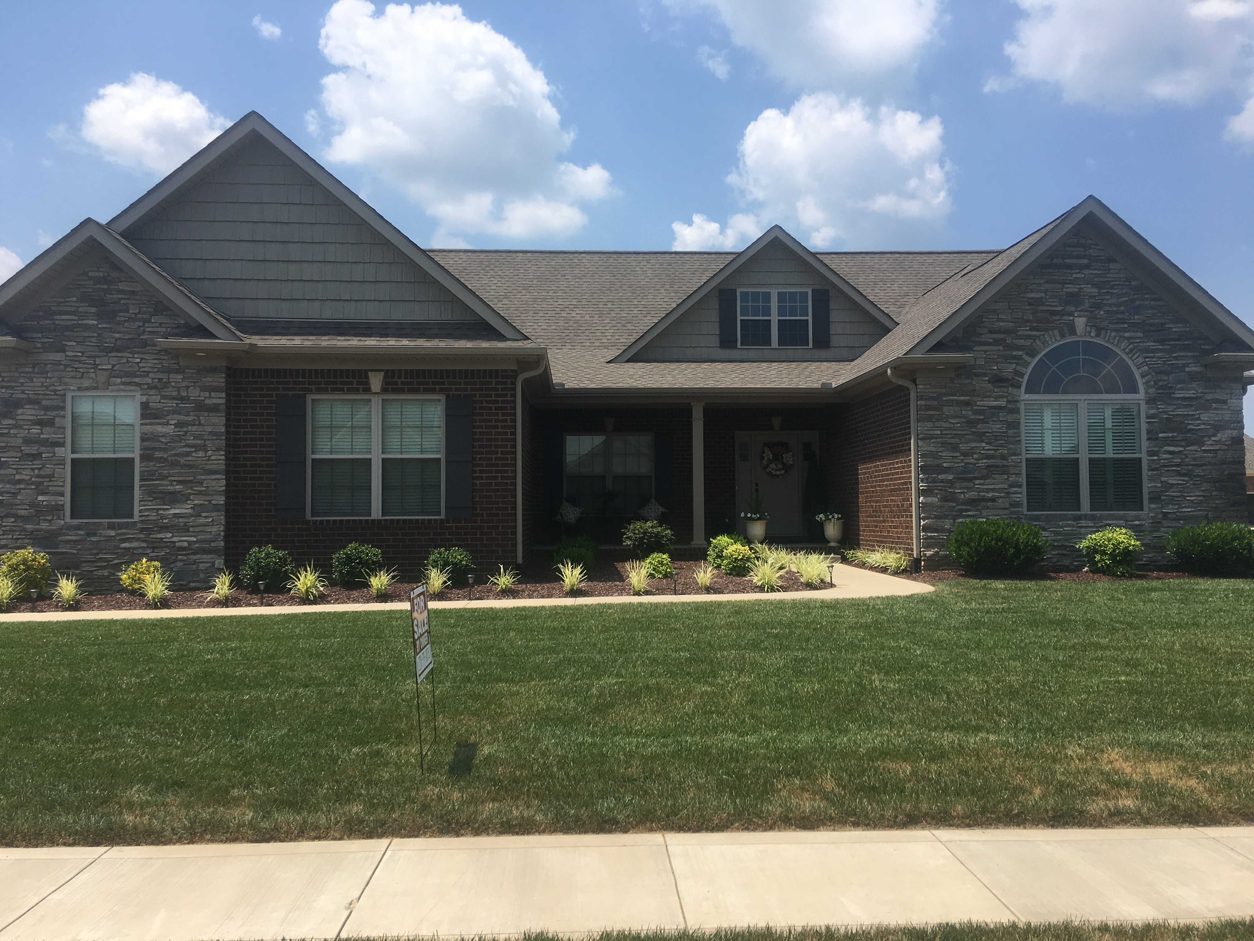 1331 Beaumont Dr Bowling Green Ky 42104