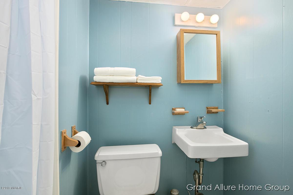 1226 Sylvan Ave Se, Grand Rapids, MI 49506   RealEstate.com